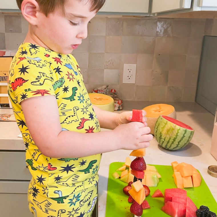 Kid Friendly Fruit Skewers!